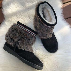 Minnetonka Black Leather Faux Fur Boots
